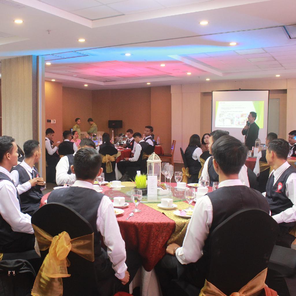 Batch XLVIII & XLIX Table Manner at Indoluxe Yogyakarta
